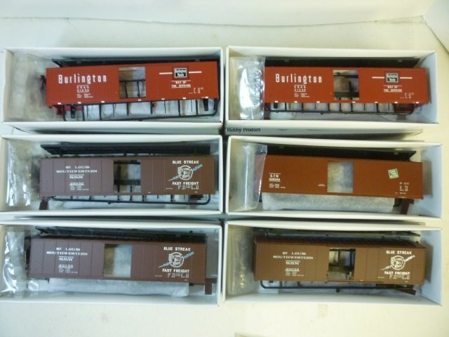 BOX CARS FOR MODEL TRAINS: ALL BY PROTO 2000 SERIES,