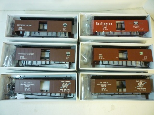 BOX CARS FOR MODEL TRAINS: ALL BY PROTO  2000 BOX CARS