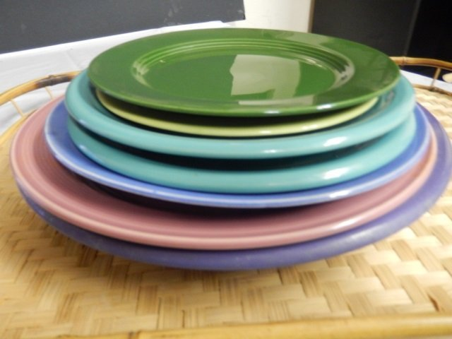 FIESTA LIKE PLATES LOT INCLUDES 7 PLATES, VARIOUS