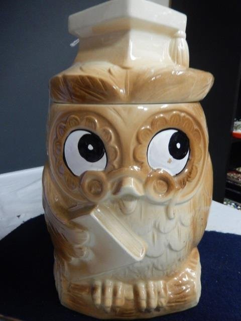 """OWL COOKIE JAR APPROX 11"""" TALL. IN GOOD CONDITON"""
