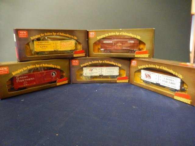 5 ROUNDHOUSE MODEL TRAINS