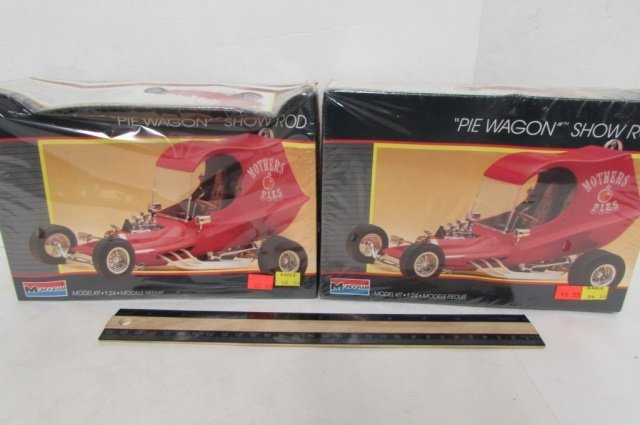 """2 """"PIE WAGON"""" SHOW ROD MODEL KITS BOTH ARE IN ORIGINAL"""