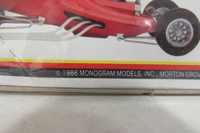 """2 """"PIE WAGON"""" SHOW ROD MODEL KITS BOTH ARE IN ORIGINAL - 4"""