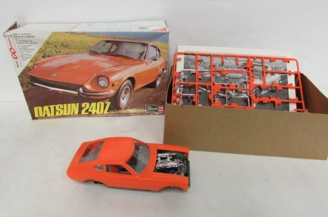 3 VINTAGE PLASTIC CAR MODEL KITS FAST BUCK MOD MONEY - 4