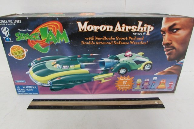 SPACE JAM MORON AIRSHIP VEHICLE IN ORIGINAL PACAKGING,