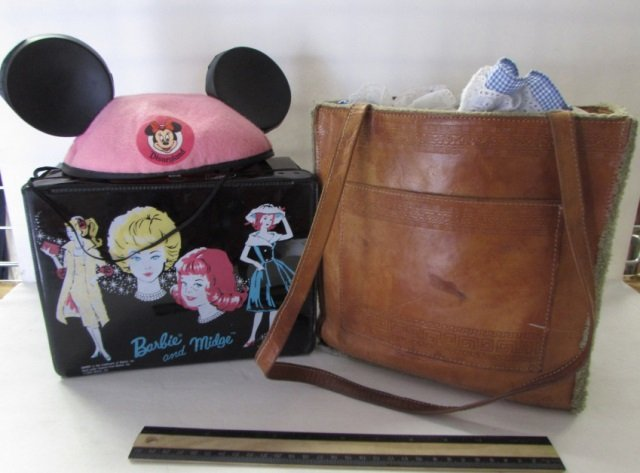 DOLL CLOTHES AND VINTAGE BARBIE LUNCH BOX
