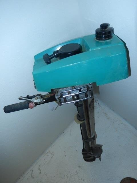 CRUISE N CARRY OUTBOARD MOTOR MODEL 6600, OUTBOARD - 4