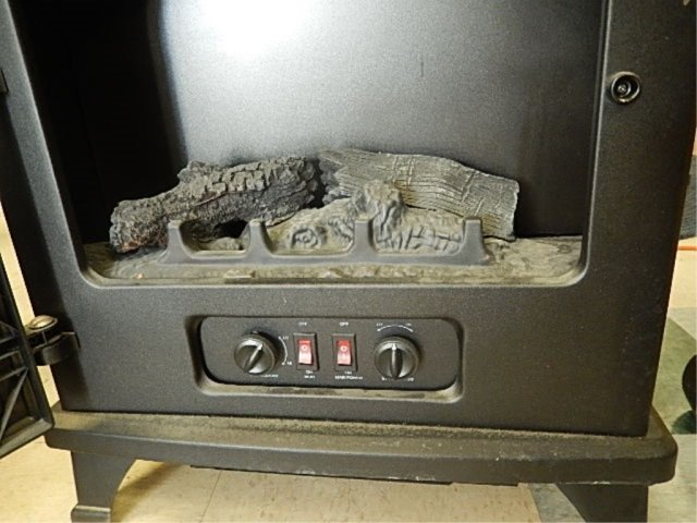 CHIMNEY FREE ELECTRIC FIREPLACE MODEL NUMBER CFS-S508, - 4