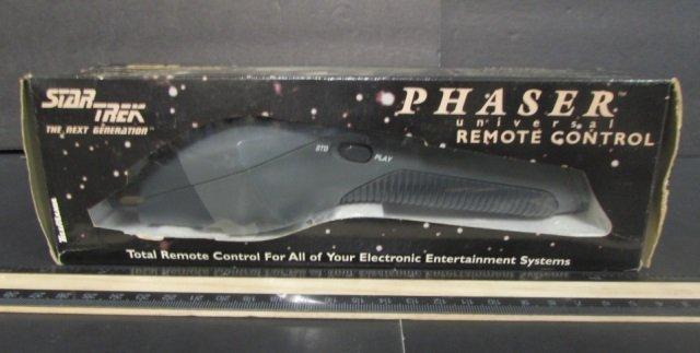 STAR TREK NEXT GENERATION PHASER REMOTE CONTROL NEW IN