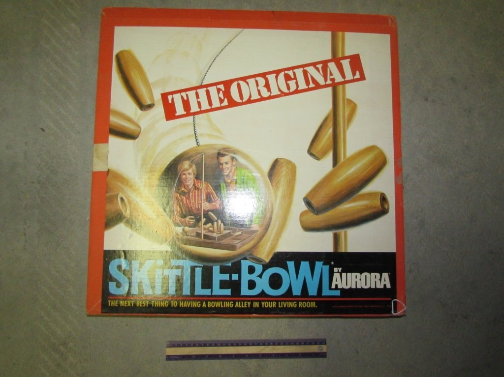 1970 THE ORIGINAL SKITTLE-BOWL