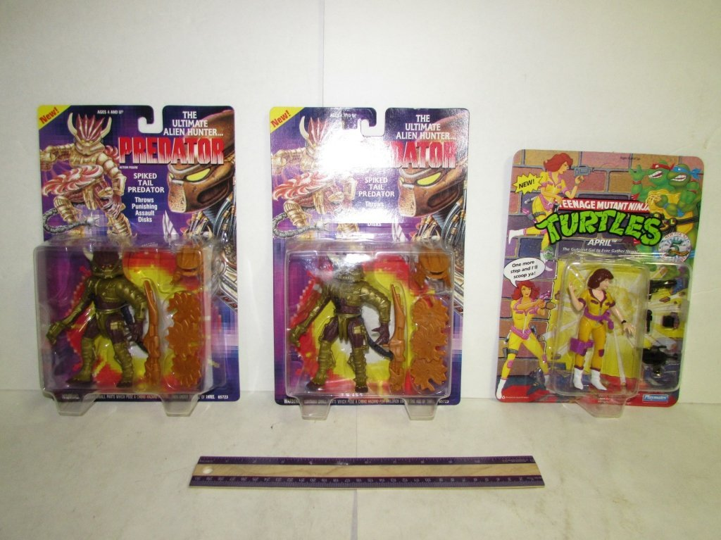 THE PREDATOR AND TEENAGE MUTANT NINJA TURTLES FIGS