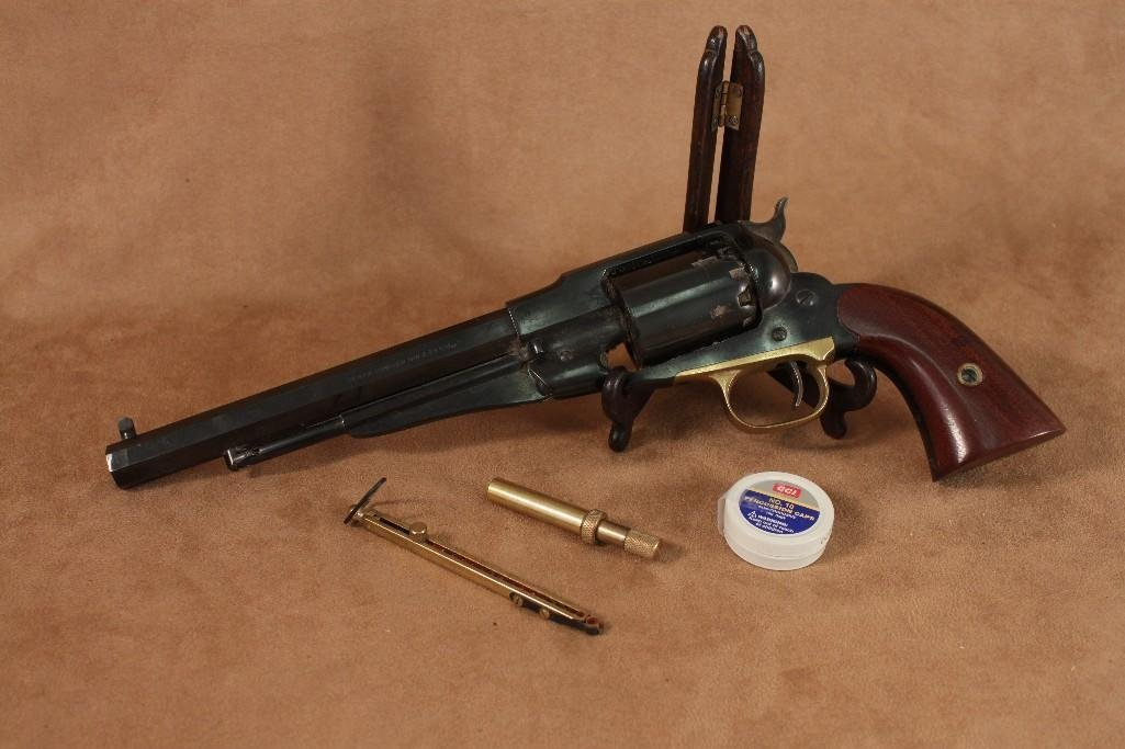 Pietta Model 1858 New Army .44 caliber Revolver Replica - 2