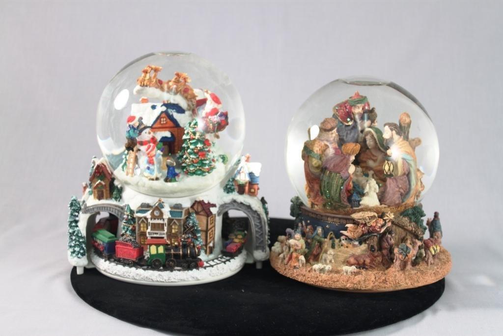 Large Christmas Globes (2)