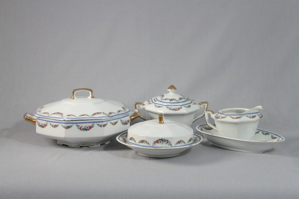 Czechoslovakia Serving Pieces (5)