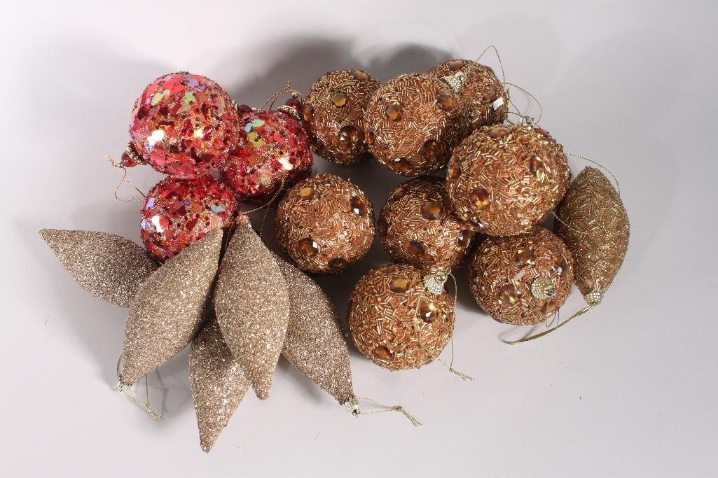 Glitter and Beaded Christmas Ornaments (19)