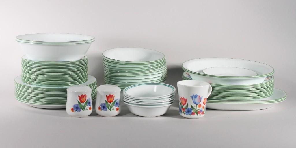 Corelle Dishware Set (82)