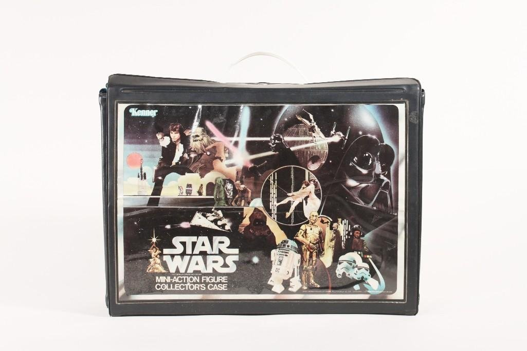 Vintage Star Wars collector's case and action figures