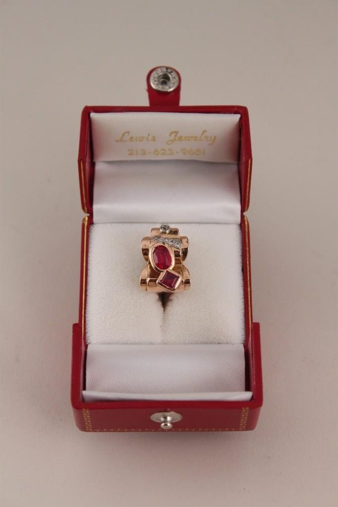 18 KT YG Diamond and Ruby Ring