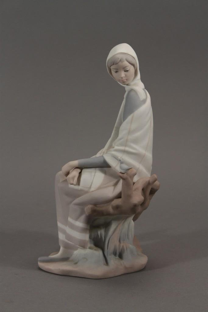 Lladro Girl Figurine