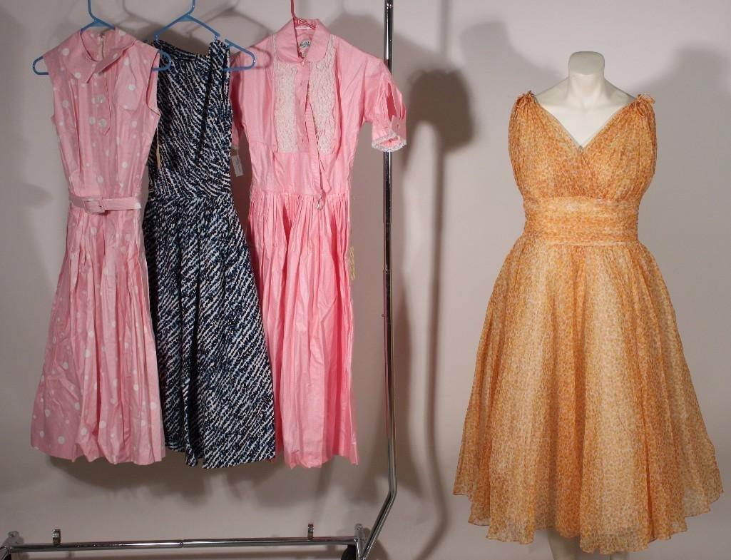 Women's Vintage dresses (4)