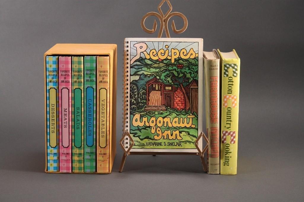 1960's/70's Cookbooks (4)