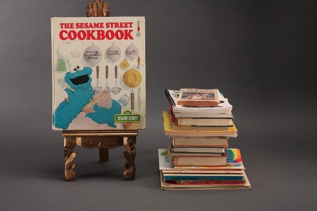Children's Cookbooks 1960's thru 1990's (25)