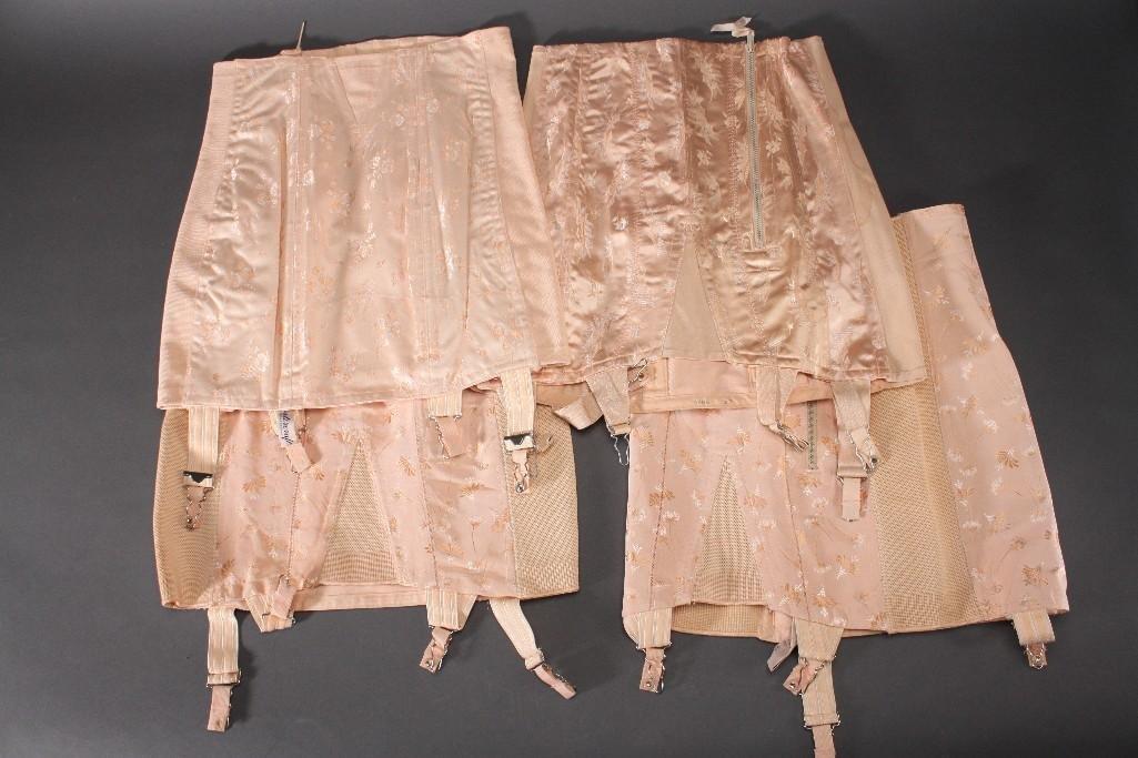 Vintage Ladies Corset (3)
