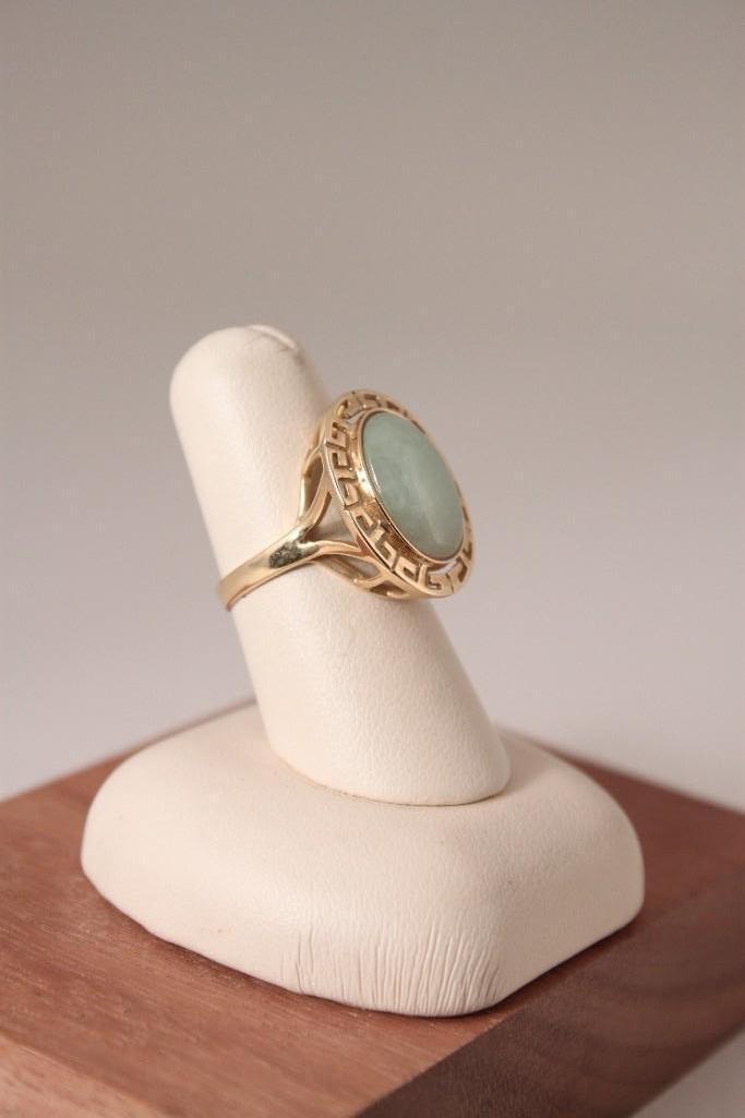 14 KT Jade Ring