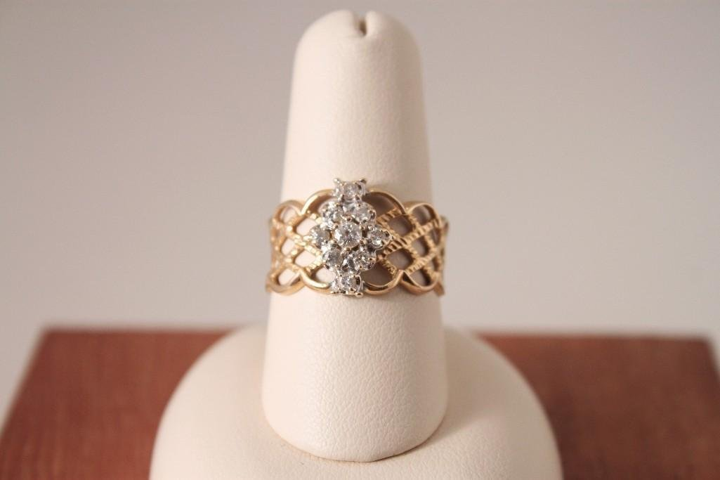 14 K Diamond Ring