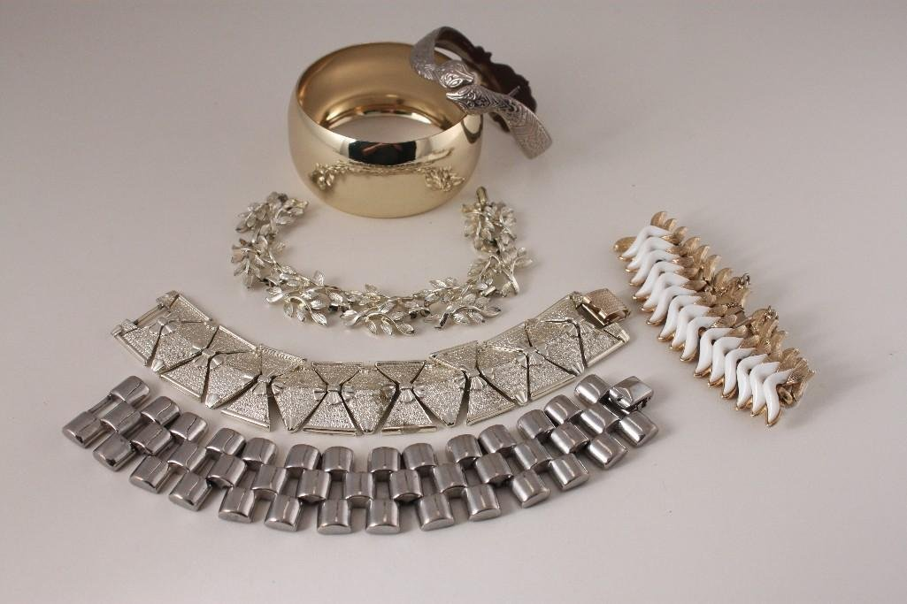 Ladies Vintage Bracelets (6)
