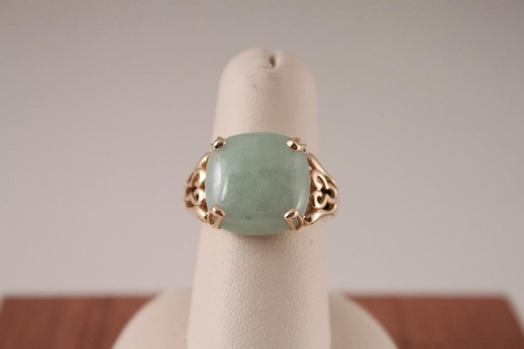 14K YG Jade Ring