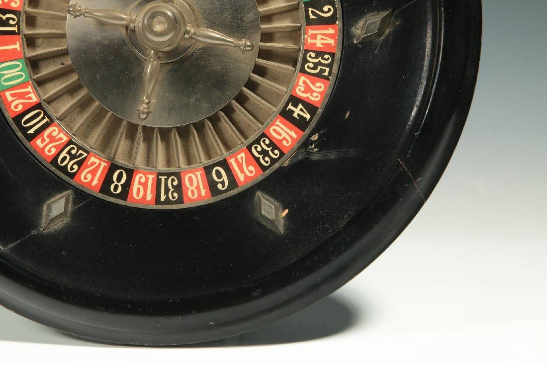 A CIRCA 1900 FRENCH TABLE-TOP ROULETTE WHEEL GAME - 6