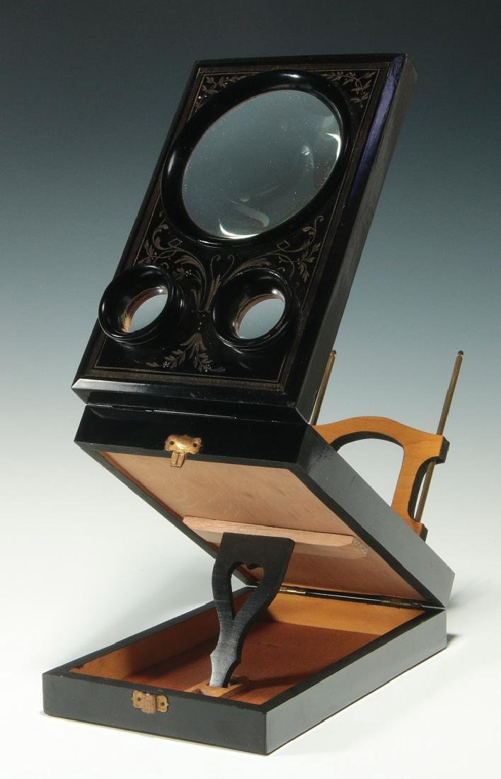A 19THC. FRENCH FOLDING STEREO CARD PHOTO VIEWER