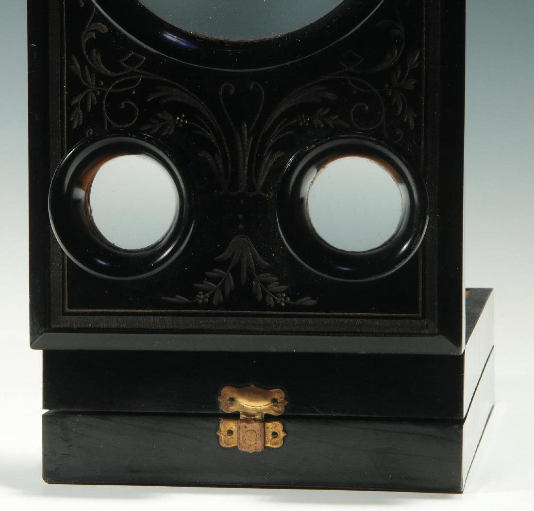 A 19THC. FRENCH FOLDING STEREO CARD PHOTO VIEWER - 4