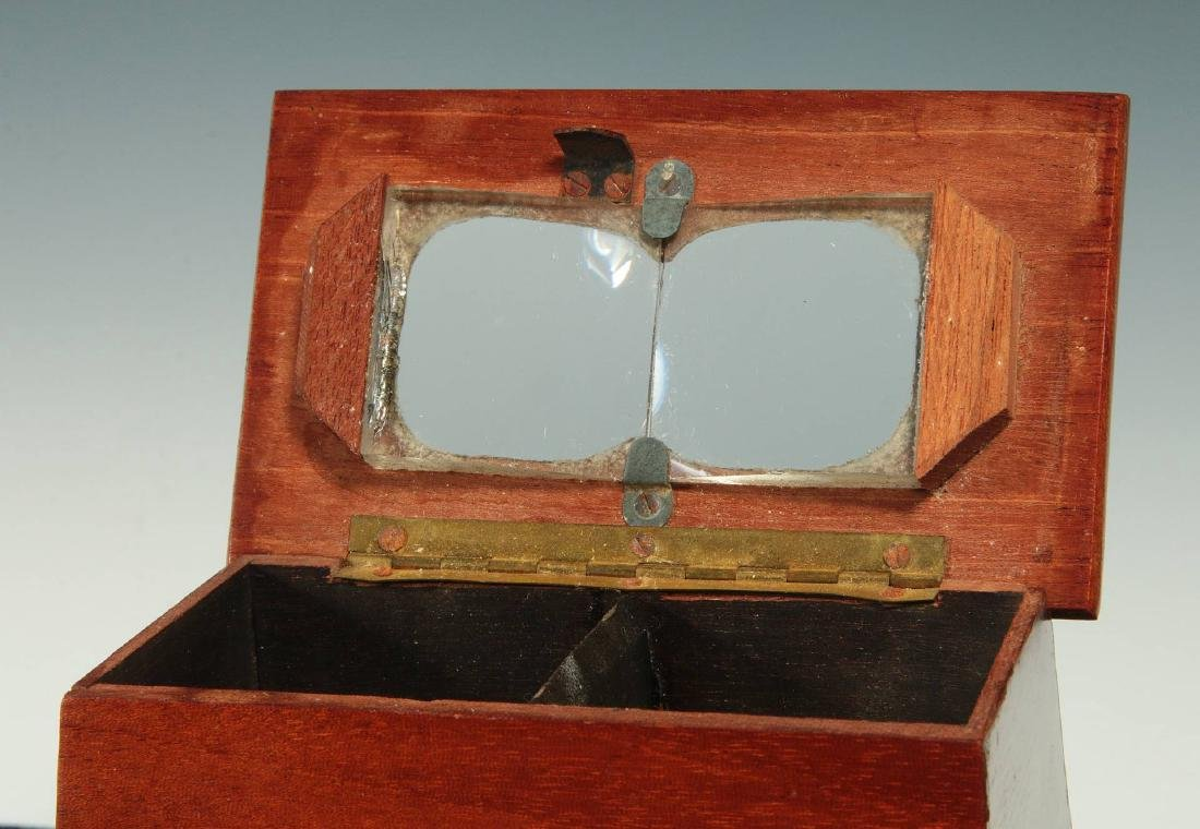 A LATE 19TH C. BREWSTER STYLE STEREOSCOPE VIEWER - 3