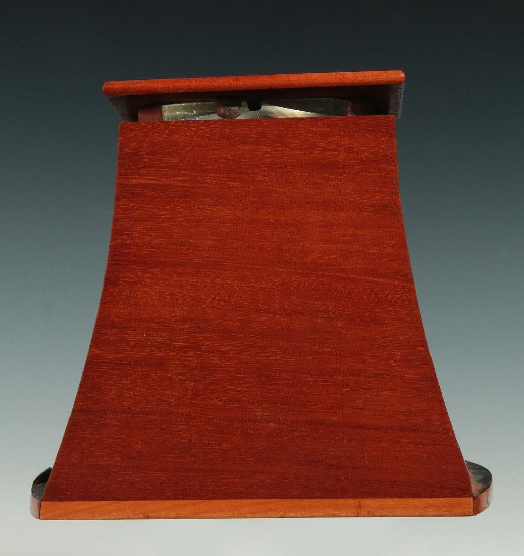 A LATE 19TH C. BREWSTER STYLE STEREOSCOPE VIEWER - 4