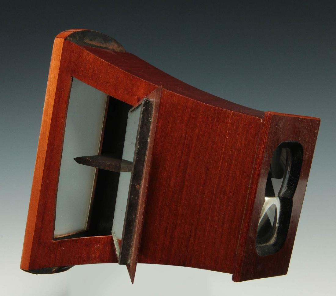 A LATE 19TH C. BREWSTER STYLE STEREOSCOPE VIEWER - 7