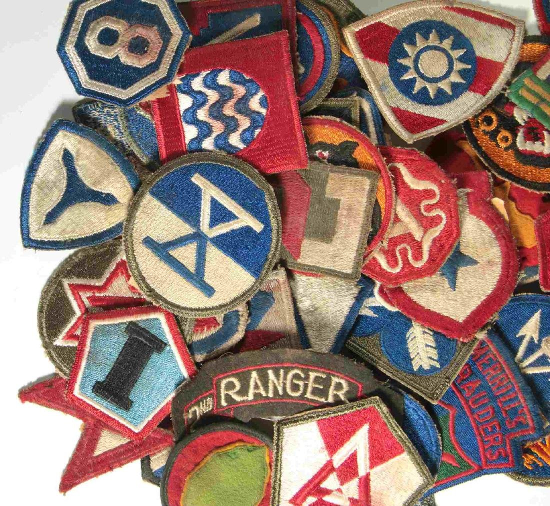 A COLLECTION OF 105 WWII-ERA US ARMY PATCHES - 3