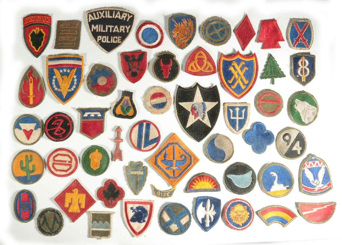 A COLLECTION OF 102 WWII-ERA US ARMY PATCHES