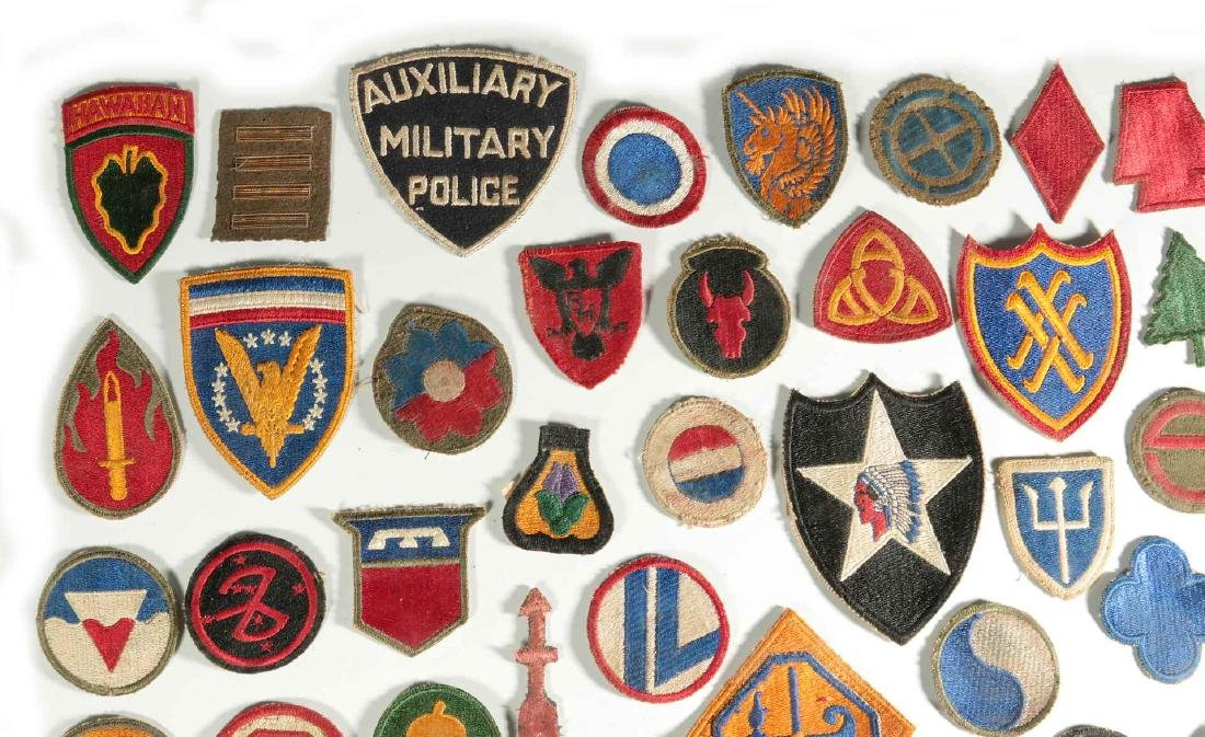 A COLLECTION OF 102 WWII-ERA US ARMY PATCHES - 2