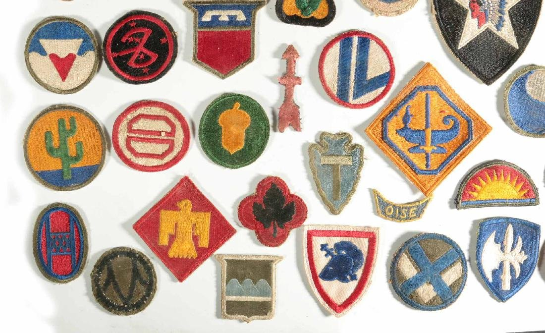 A COLLECTION OF 102 WWII-ERA US ARMY PATCHES - 5