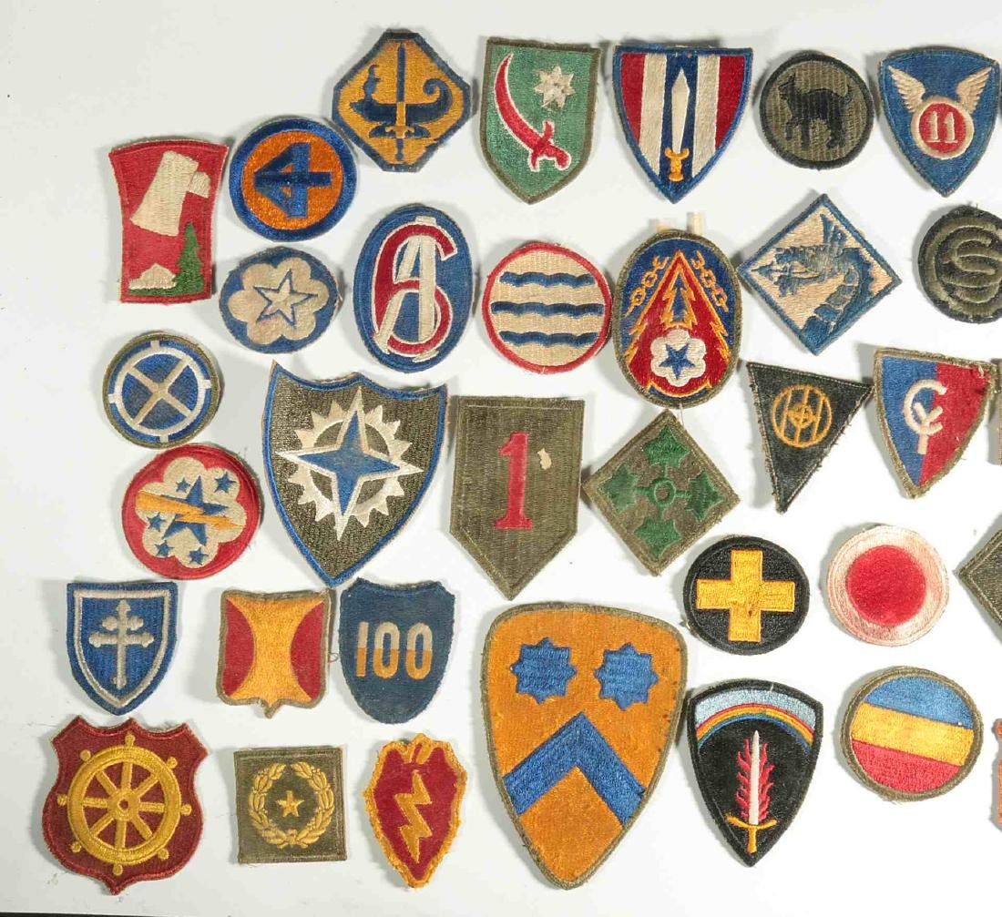 A COLLECTION OF 102 WWII-ERA US ARMY PATCHES - 7