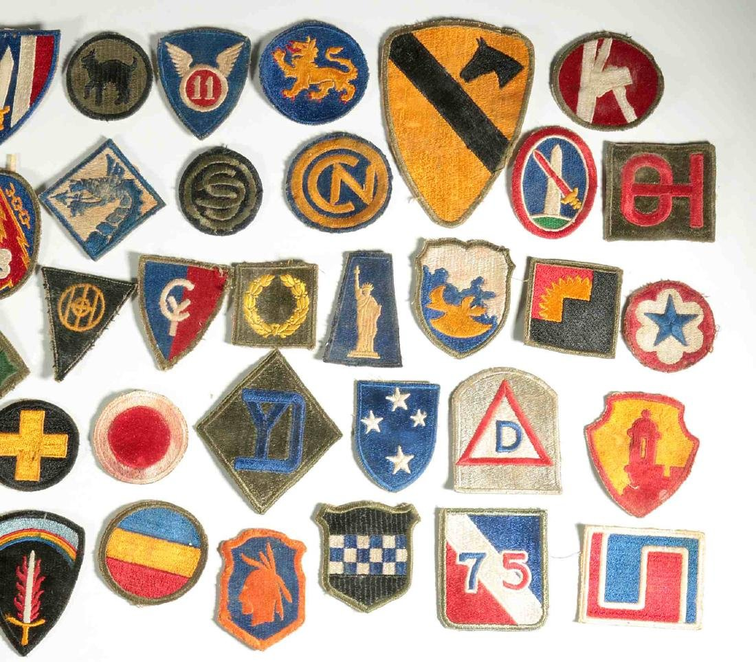 A COLLECTION OF 102 WWII-ERA US ARMY PATCHES - 8