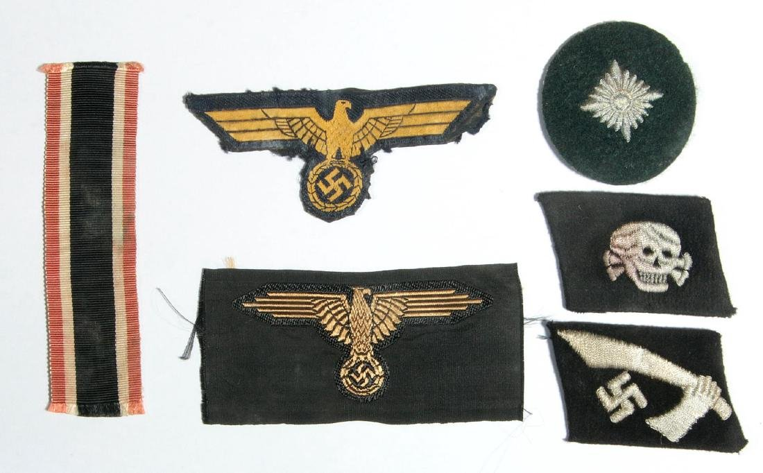 SS EM TOTENKOPF AND HANDSCHAR COLLAR TABS, EAGLE