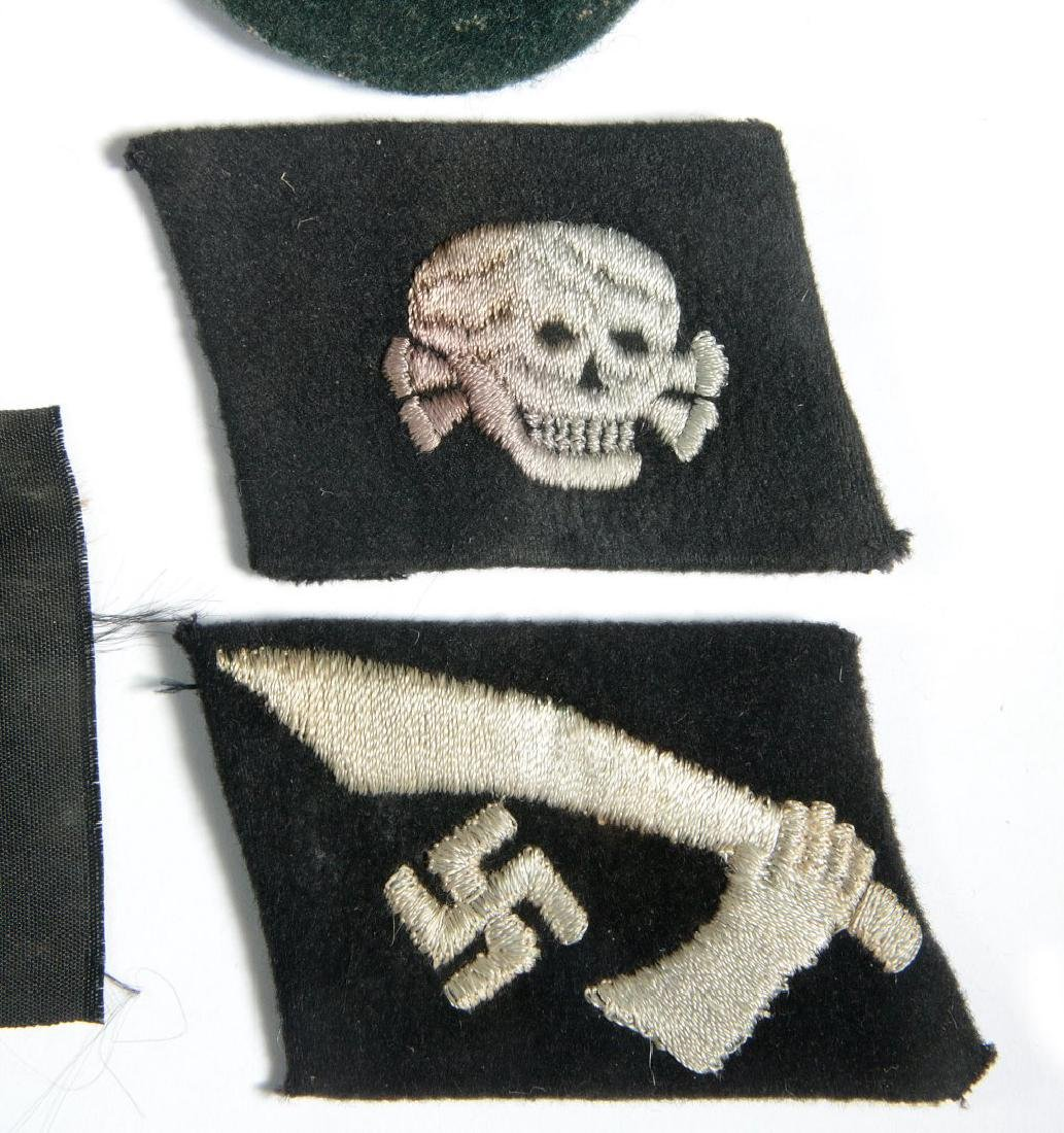SS EM TOTENKOPF AND HANDSCHAR COLLAR TABS, EAGLE - 5