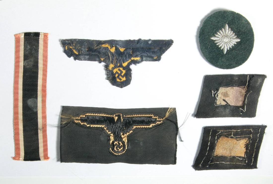 SS EM TOTENKOPF AND HANDSCHAR COLLAR TABS, EAGLE - 6