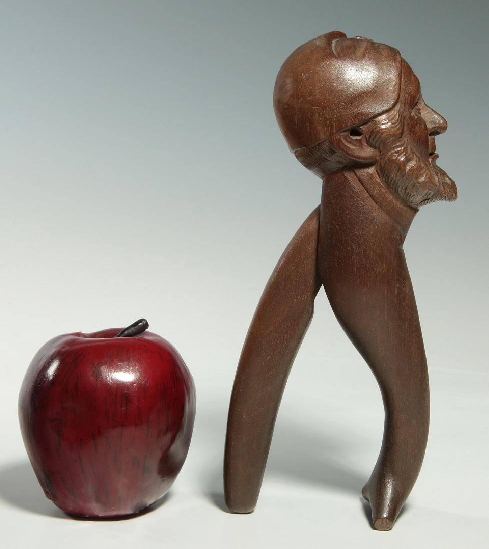 A NICE EXAMPLE BLACK FOREST CARVED NUT CRACKER - 2