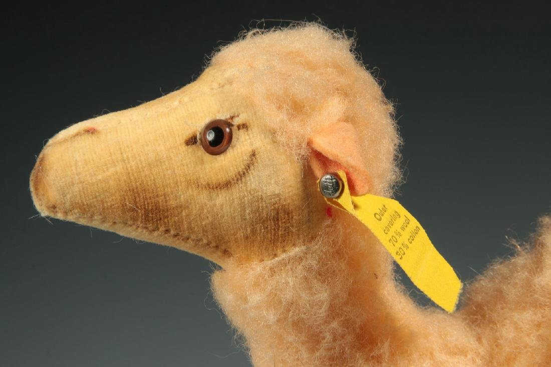 A STEIFF CAMEL PLUSH TOY - 3