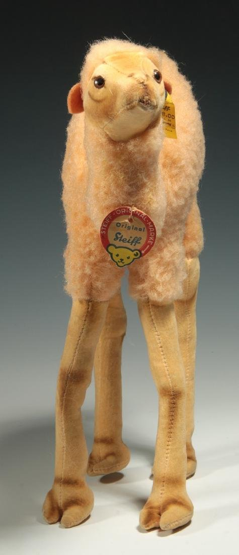 A STEIFF CAMEL PLUSH TOY - 6