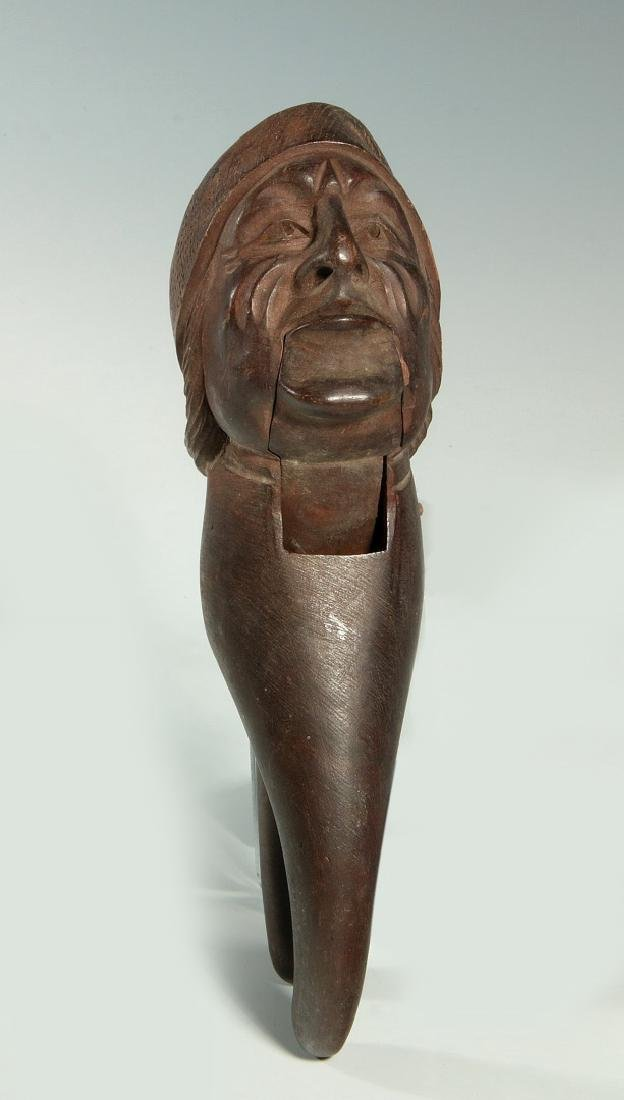 A LATE 19 / EARLY 20 C. CARVED FIGURAL NUT CRACKER